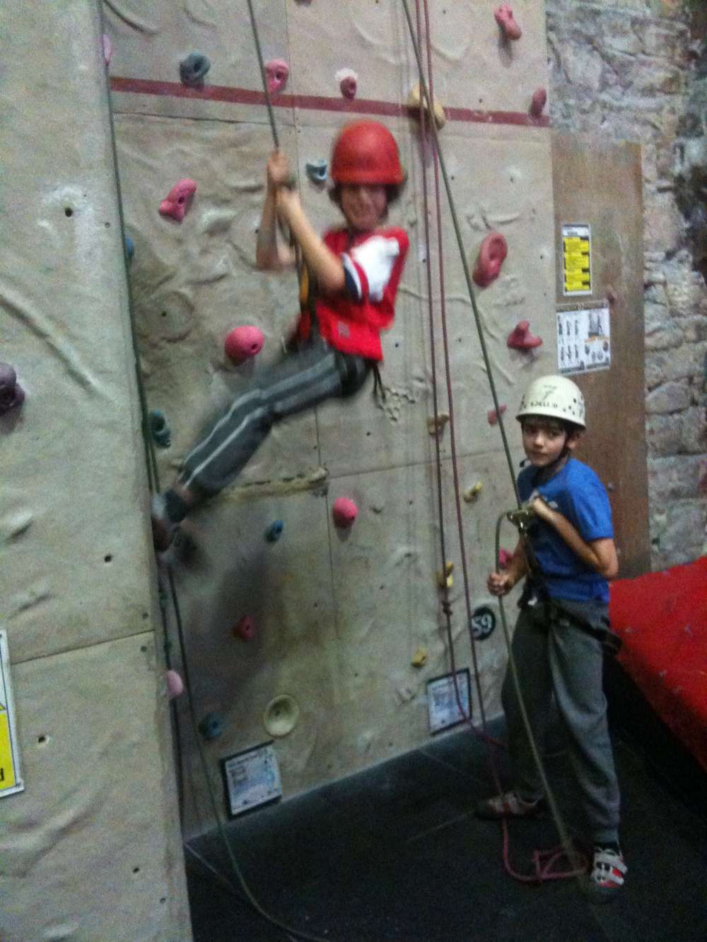 Scout Christmas Outing - Glasgow Climbing Centre